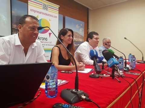 Arona apoya a la Asociación de Empresarios del municipio en su 25 aniversario