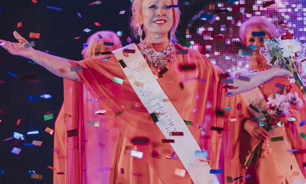 Sole Yánez Hernández se proclama reina de la Tercera Edad de las Fiestas Mayores de Arona 2018
