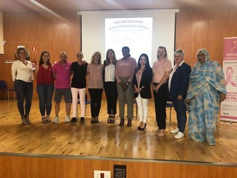 Asociaciones canarias y africanas se unen en Arona para sensibilizar sobre el cáncer de mama