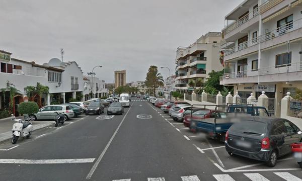 Arona sustituye el alumbrado público en diez ubicaciones de Los Cristianos por otro LED de última generación