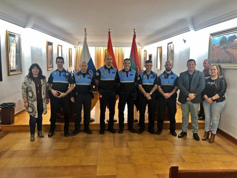 Arona refuerza la estructura de la Policía Local incorporando a seis oficiales en prácticas previos a la suma de 24 efectivos