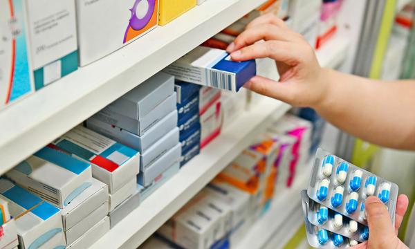 Arona acudirá a comprar alimentos y fármacos a sus mayores, personas solas y con problemas de movilidad