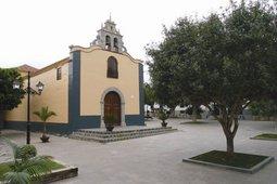 La imagen muestra la plaza del Cristo en las que se celebrarán las fiestas de Arona casco(oct.07)